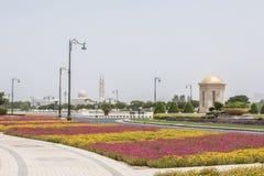 Macizos de flores en Dubai Dubai Imagen de archivo libre de regalías