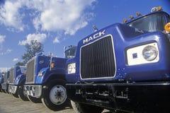 * Mack ciężarówki Zdjęcia Royalty Free