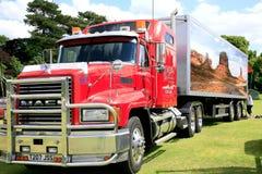 Mack haulage przyczepa i ciężarówka Zdjęcie Stock