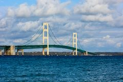 Mackinac bro i övrehalvö av Michigan Royaltyfri Bild