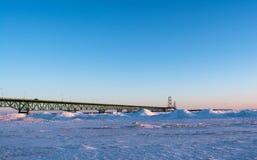 Mackinaw-Brücke genommen von Mackinaw-Stadt MI Lizenzfreies Stockfoto