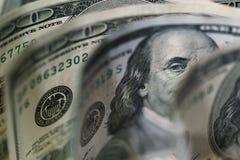 Macro étroit du visage du ` s de Ben Franklin sur les USA 100 dollars Images libres de droits