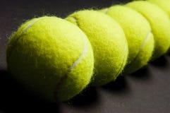 Macro 2 delle sfere di tennis Immagine Stock