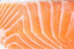 Macro cercana para arriba de la carne de color salmón fresca imagen de archivo