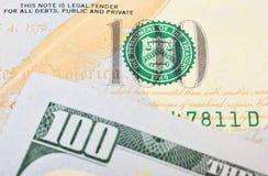 Macro colpo dei 100 dollari americani Immagini Stock Libere da Diritti