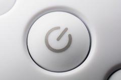 Macro d'un bouton marche-arrêt blanc de puissance Image libre de droits