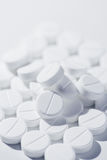 Macro de las píldoras blancas Imagenes de archivo