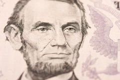 Macro de Lincoln de cinco Bill de dólar Fotos de archivo libres de regalías