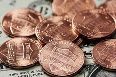 Macro de moedas de um centavo Fotos de Stock Royalty Free