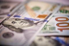 Macro de monnaie fiduciaire américaine en valeur cent dollars, la nouvelle facture américaine photo libre de droits