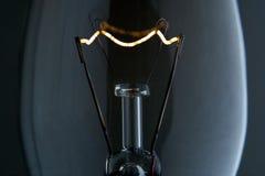 Macro del filamento della lampadina fotografia stock