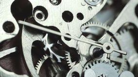 Macro del meccanismo dell'orologio archivi video