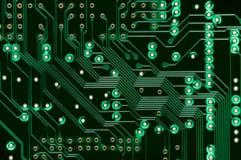 Macro del PWB electrónico de la placa de circuito en verde Imagen de archivo
