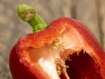 Macro del taglio del peperone dolce fotografie stock libere da diritti