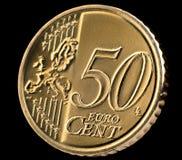 Macro della moneta dell'euro centesimo cinquanta sopra il nero Fotografie Stock Libere da Diritti