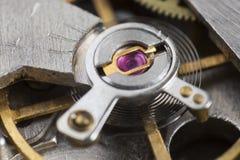 Macro dettaglio del ‹vermiglio del †del ‹del †nel meccanismo di un orologio Immagine Stock Libera da Diritti