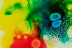 Macro dichte omhooggaand van de verschillende zeep van de kleurenolieverf kleurrijke acryl Modern kunstconcept Creatieve boete, royalty-vrije stock fotografie