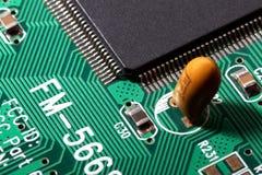 Macro do extremo da placa de circuito imagens de stock