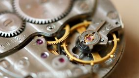 Macro do mecanismo do relógio video estoque