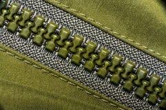 Macro do zíper plástico verde Imagem de Stock Royalty Free