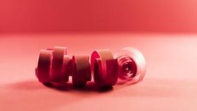 Macro, extracto, imagen del fondo de espirales de papel rojos Imagen de archivo libre de regalías