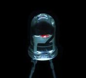 Macro fonctionnant de couleur claire rouge d'ampoule d'espace libre de LED Image libre de droits