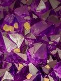 Macro foto di alto ingrandimento dei cristalli ametisti immagini stock libere da diritti