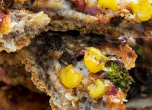 Macro foto di pizza con cereale Immagine Stock Libera da Diritti