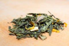Macro foto di tè La composizione del mucchio del hibiscu secco Fotografia Stock