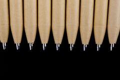 Macro foto, punta usata della penna a sfera, fine sull'immagine in bianco e nero Progettazione alta di derisione Immagini Stock Libere da Diritti