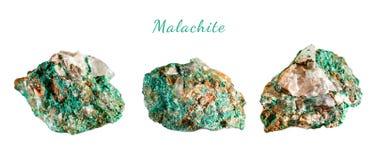 Macro fucilazione della pietra preziosa naturale Malachite minerale cruda morocco Oggetto isolato su una priorità bassa bianca Fotografia Stock