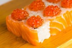 Macro giapponese di maki del rotolo dell'alimento Fotografia Stock