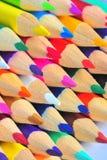 Macro kleurpotloden - kleurrijke potloden Stock Foto