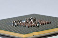 Macro laterale del chip di computer Fotografie Stock Libere da Diritti