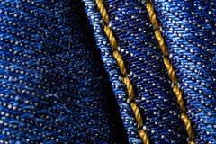 Macro primo piano dei jeans del denim fotografia stock libera da diritti