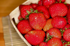 Macro Strawberries ina Basket-3 Royalty Free Stock Photography