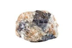 Macro tir de pierre gemme naturelle La galène minérale crue, Maroc Objet d'isolement sur un fond blanc Photographie stock libre de droits