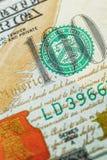 Macro van een dollar die 100 wordt geschoten Stock Fotografie