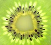 Macro van vers kiwifruit Royalty-vrije Stock Afbeeldingen