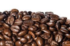 Macro zwarte koffiebonen Royalty-vrije Stock Fotografie