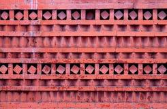 Macrofoto van rode sierbakstenen muur stock afbeeldingen