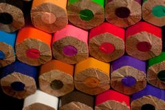 Macrofotografia delle matite colorate foto posteriore delle matite Immagini Stock Libere da Diritti