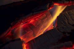 Macrofotografie van wat logboeken het branden stock foto's