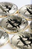 Macromening van de glanzende muntstukken van Bitcoin souvenire Stock Afbeelding