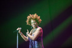 Macy Gray Performance Arkivfoto