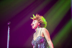 Macy Gray Performance Arkivbilder