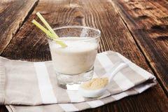 Macy milkshake i proszek zdjęcie stock