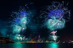 Macy's 4ème des feux d'artifice de juillet Photos stock