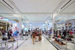 Macy-` s Kaufhausinnenraum, Taschen und Zubehörbereich lizenzfreie stockfotografie