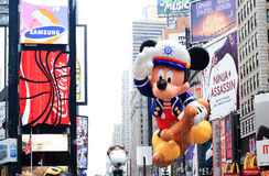 Macy's Thanksgiving Day Parade November 26, 2009. MANHATTAN - NOVEMBER 26 : A Sailor Mickey Mouse balloon passing Times Square at the Macy's Thanksgiving Day Royalty Free Stock Image
